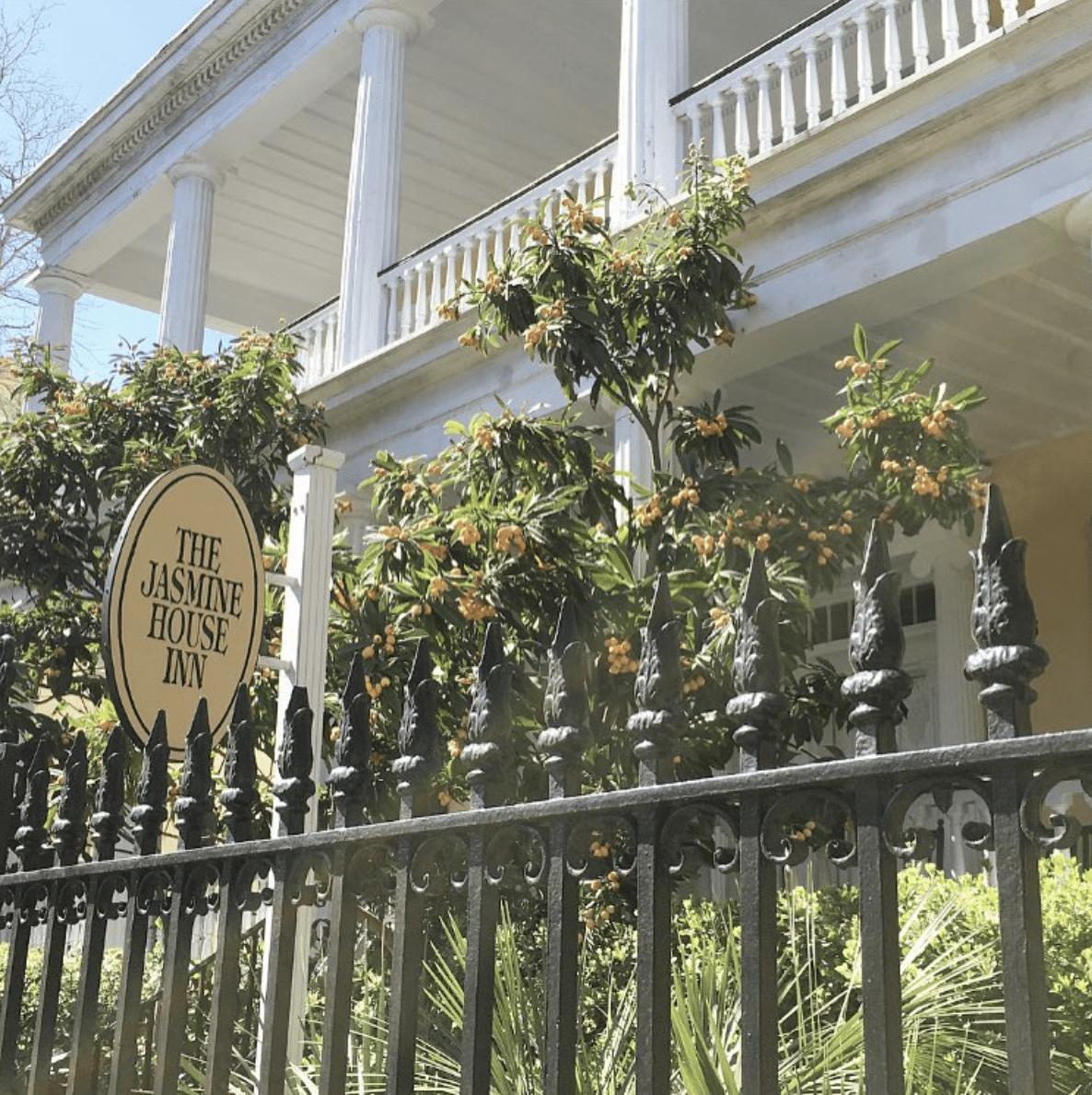 Jasmine House Inn Exterior
